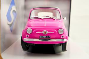 Fiat 500L Pink 1969 1/18 Solido