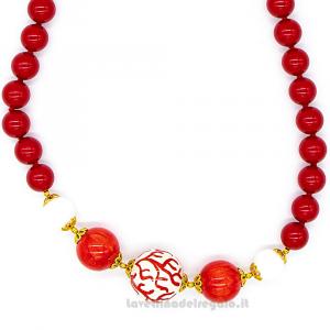 Collana pasta di corallo rossa con sfera in ceramica di Caltagirone - Gioielli Siciliani