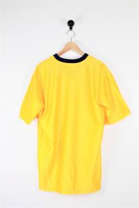 T-shirt basket
