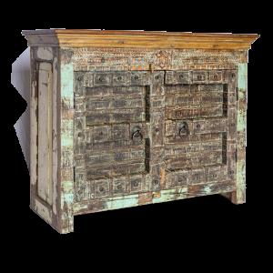 Credenza bassa in legno recuperato con ante vecchio portale