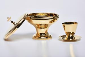 Due specie ottone dorato