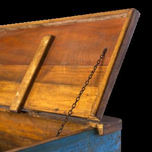 Baule in legno di palissandro indiano con intagli in legno di teak recuperato