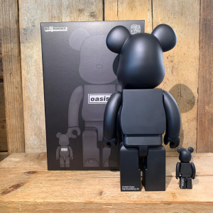 Be@rbrick Medicom Toy Oasis 100% & 400% Black Chrome