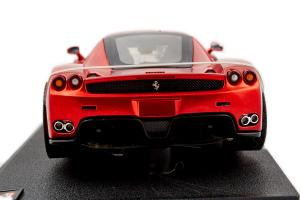Ferrari Enzo Customized Met. Red 1/18 Hot Wheels