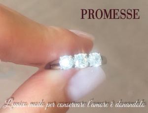 Trilogy in oro bianco con diamanti taglio brillante