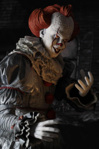 *PREORDER* It 2017: PENNYWISE 1/4 by Neca