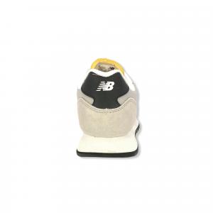 New Balance L527