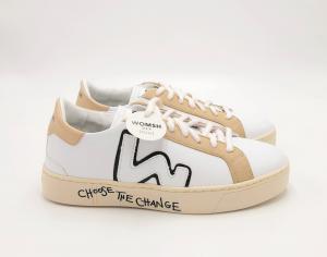 Sneakers bianca in pelle di mela Womsh.