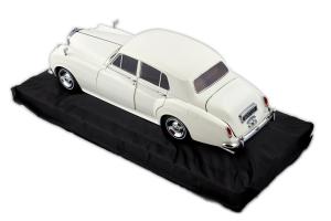 Bentley S2 1954 White 1/18 Minichamps