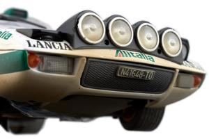 Lancia Stratos Hf Rally S. Munari S. Maiga 1/18 Sun Star