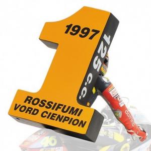 Valentino Rossi 1st World Championship GP125 Brno 1997 1/12