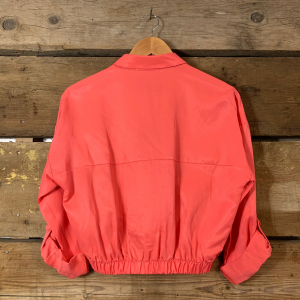 Camicia Kostumn in Viscosa Crop con Orlo Arricciato Rosa Anguria