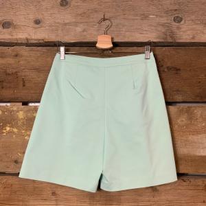 Bermuda Kostumn Con Pences Verde Acqua