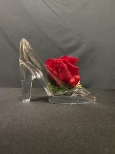 Rosa stabilizzata in scarpetta di vetro