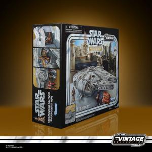Star Wars Galaxy's Edge Vintage Collection Vehicle:  Millennium Falcon Smuggler´s Run by Hasbro