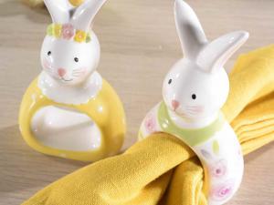 Set 4 portatovaglioli in ceramica colorata con orecchie da coniglio