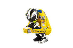 Figurine Yamaha Grid Girl Figurine Sitting Valentino Rossi Moto Gp 2006 1/12 Minichamps