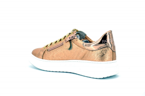 Sneaker martellata