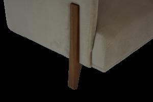 MILISA - Poltrona dal design lineare ed elegante in pregiato tessuto tecnico antimacchia e antigraffio con piedini in legno