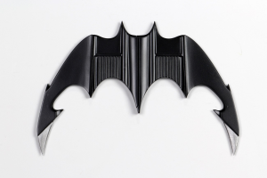 *PREORDER* Batman 1989: BATARANG REPLICA by Neca