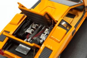 Lamborghini Countach LP400 Orange Openable 1/43 Kyosho