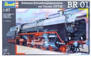Schwere Schnellzuglokomotive mit Tender 2'2 T32 BR 01