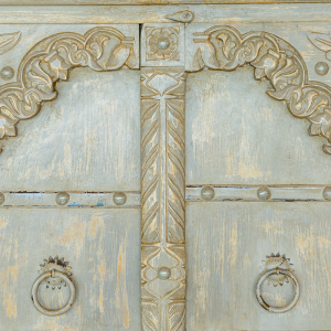 Credenza / Armadio in legno di palissandro indiano con ante forzieri grey