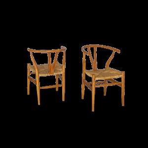 Sedia in legno di teak con seduta in rattan naturale intrecciato