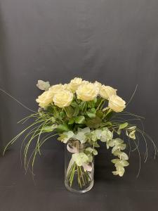 Mazzo di rose bianche a gambo medio - Scegli il numero di rose che vuoi