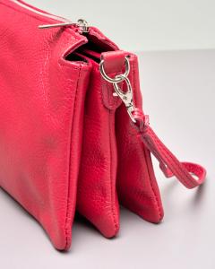 Borsa modello trio in pelle rossa con gancio a mano e tracolla staccabile