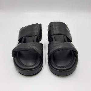 Ciabatte nere con doppia fascia 181