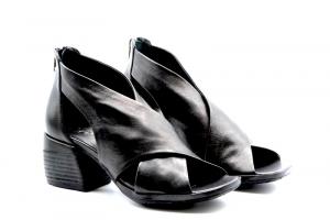 NOVITA' P/E 2021 Rebecca White Calzatura Donna-Savana Vacchetta Nero T0409.R1