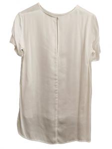 Camicia/maglia donna | in raso  di cotone  bianco| con scollo rotondo e manica corta | stondata al fondo | allacciatura posteriore con scollo a goccia. Made in Italy