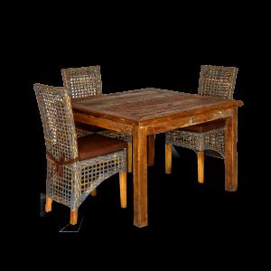 Tavolo quadrato in legno di teak recuperato dalle vecchie imbarcazioni