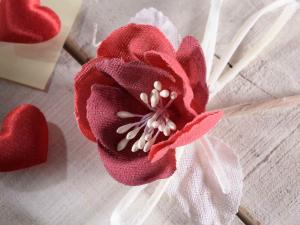 Anemone artificiale in stoffa rossa