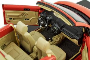 Volkswagen New Beetle Cabriolet Orange 1/18 Autoart