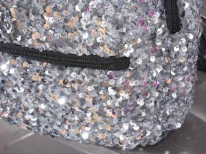 Zainetto colorato in stoffa con paillettes e chiusura a zip