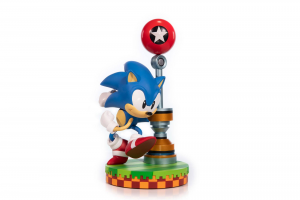 *PREORDER* Sonic The Hedgehog: SONIC by First4Figure