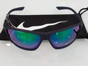 Occhiali da sole Nike Adrenaline EV1113