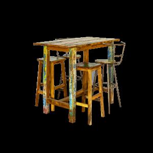 Sgabello in ferro con seduta in legno recuperato dalle vecchie barche