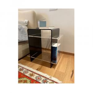 Komodino - Tavolino Multiuso Porta Riviste in Acrilico Nero e Trasparente
