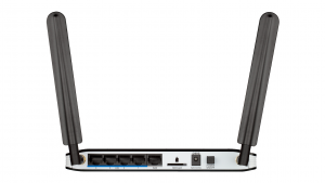 D-Link DWR-921/E router wireless Fast Ethernet Banda singola (2.4 GHz) 3G 4G Nero, Bianco