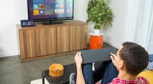 Microsoft All-in-One Media Keyboard tastiera RF Wireless Inglese Nero
