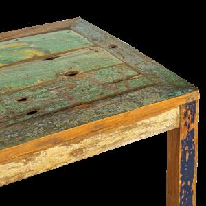 Tavolo in legno di teak recuperato dalle vecchie imbarcazioni