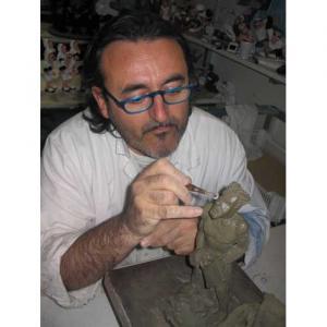Appendiabiti da parete Sullamano bianco in resina decorata a mano