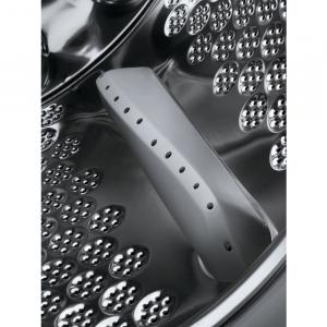 AEG L8FC96BQ lavatrice Libera installazione Caricamento frontale 9 kg 1600 Giri/min B Bianco
