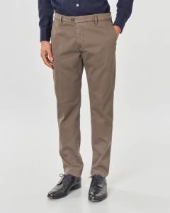 Pantalone chino marrone in tricotina di cotone stretch
