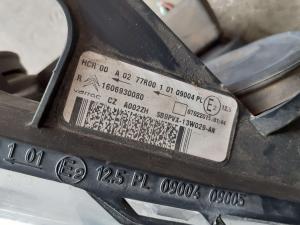 Proiettore dx usato Citroen C3 2à serie cod. 1606930080