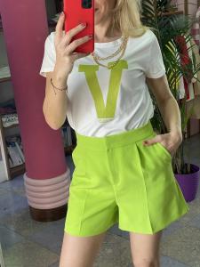 Tshirt Vicolo con stampa V e catena