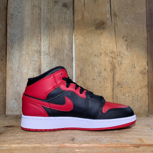 Scarpa Nike Air Jordan 1 Mid Banned 2020 GS Rossa e Nera